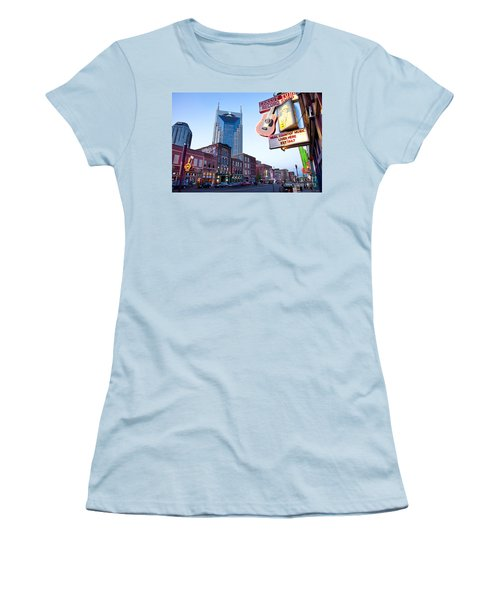 Music City Usa Women's T-Shirt (Athletic Fit)