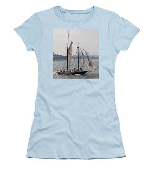 Ny Harbor Schooner Women's T-Shirt (Athletic Fit)