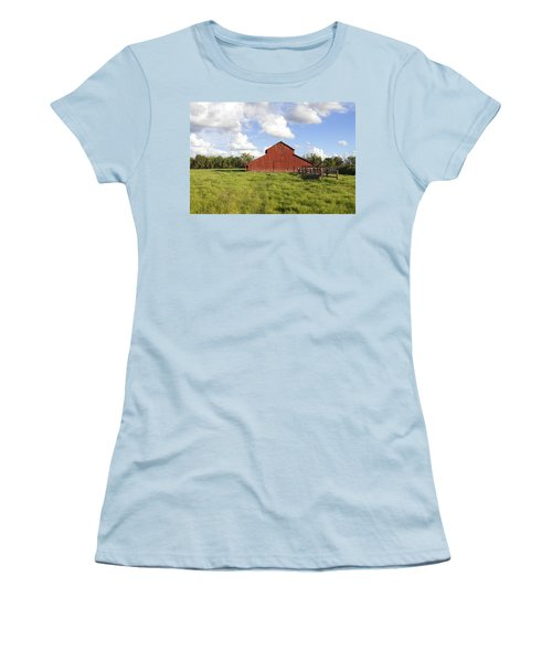 Women's T-Shirt (Junior Cut) featuring the photograph Old Red Barn by Mark Greenberg