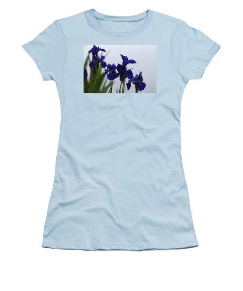 Osaka Garden Women's T-Shirt (Junior Cut) by Miguel Winterpacht