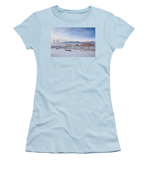Perfect View Women's T-Shirt (Athletic Fit)