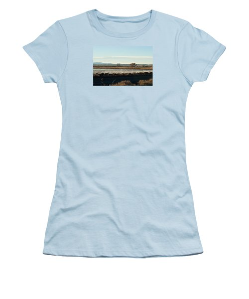Refuge View 4 Women's T-Shirt (Athletic Fit)