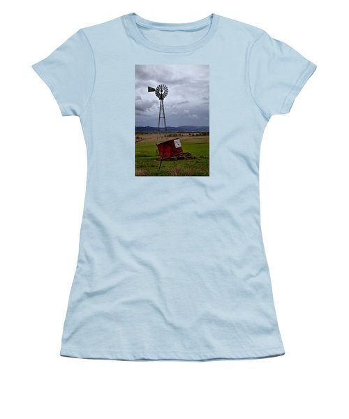 Salt Springs Windmill Women's T-Shirt (Athletic Fit)