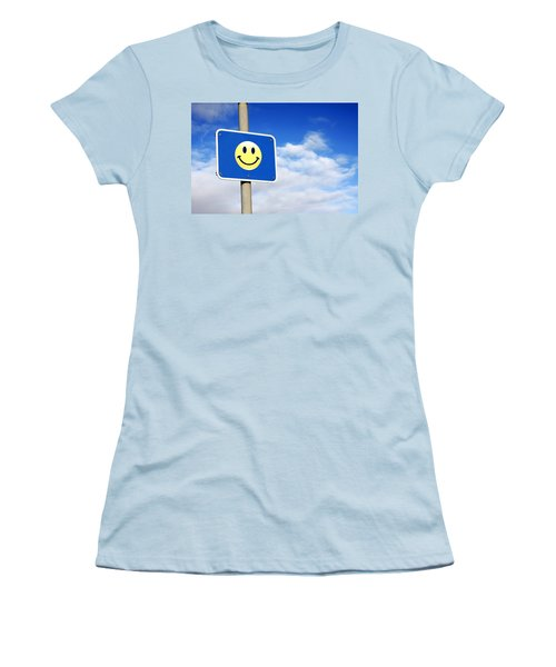 Smiley Women's T-Shirt (Athletic Fit)