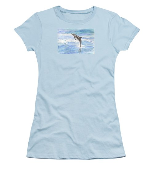 Spinner Dolphin Women's T-Shirt (Athletic Fit)