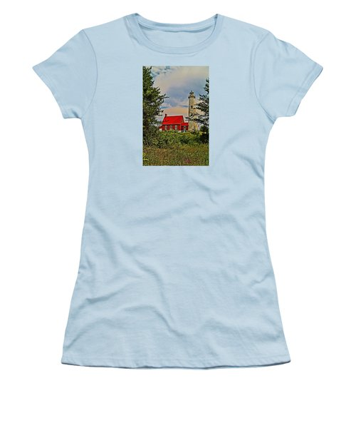 Tawas Point Light Retro Mode Women's T-Shirt (Athletic Fit)