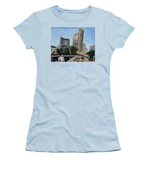 Toronto City Hall Women's T-Shirt (Athletic Fit)