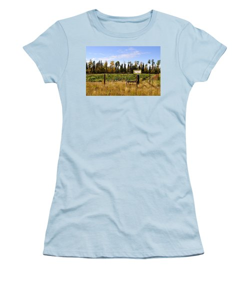 Women's T-Shirt (Junior Cut) featuring the photograph Vegetables For Sale by Cathy Mahnke