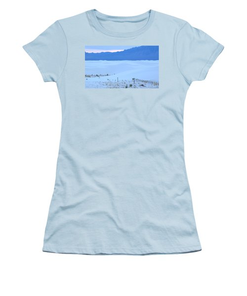 White Sands New Mexico Women's T-Shirt (Athletic Fit)
