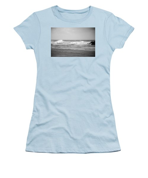 Wind Blown Waves Tofino Women's T-Shirt (Junior Cut) by Roxy Hurtubise