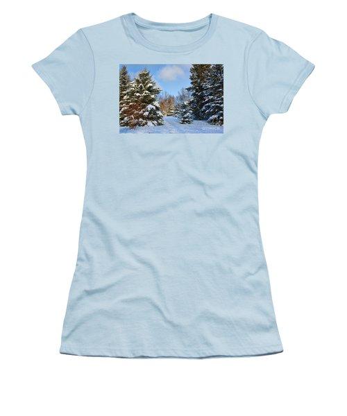 Women's T-Shirt (Junior Cut) featuring the photograph Winter Scenery by Teresa Zieba