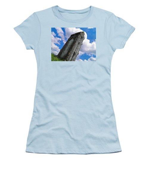 Woodstone Women's T-Shirt (Athletic Fit)