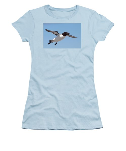 Razorbill In Flight Women's T-Shirt (Athletic Fit)