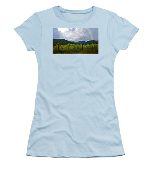 Storm Breaking Women's T-Shirt (Athletic Fit)