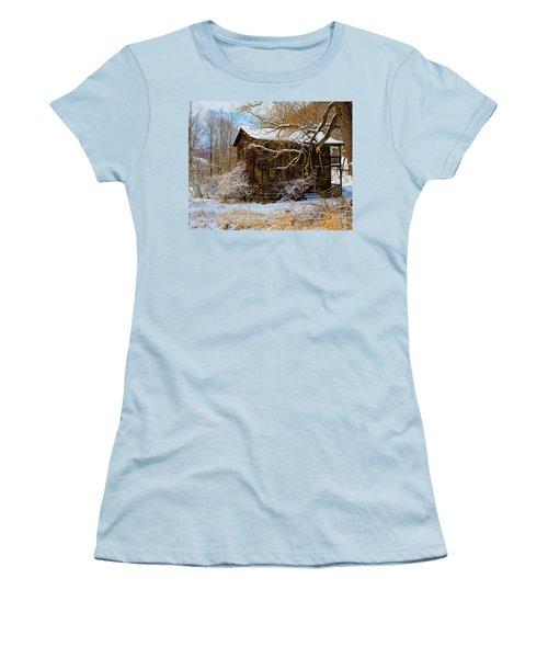 West Virginia Winter Women's T-Shirt (Athletic Fit)