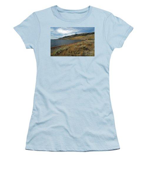 Fish Lake Ut Women's T-Shirt (Athletic Fit)