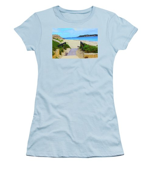 Hamelin Bay Women's T-Shirt (Athletic Fit)