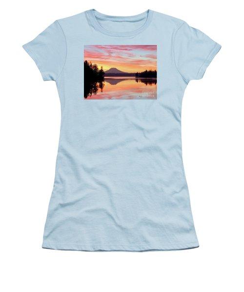 Mount Rainier Dawn Women's T-Shirt (Athletic Fit)