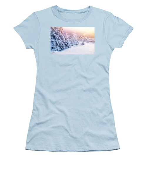 Winter Resort Women's T-Shirt (Athletic Fit)