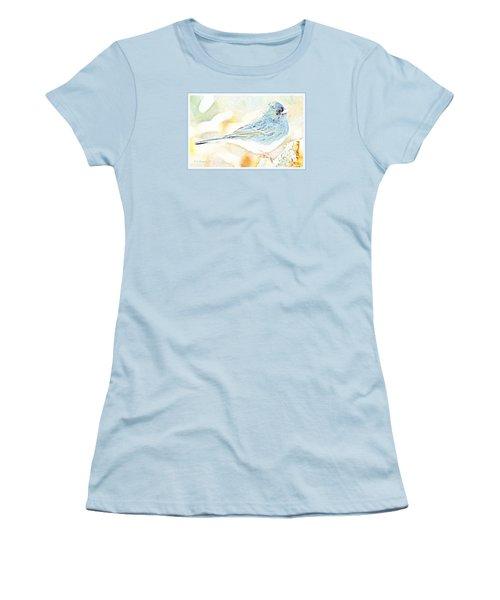 Slate-colored Junco, Snowbird, Male, Animal Portrait Women's T-Shirt (Junior Cut) by A Gurmankin