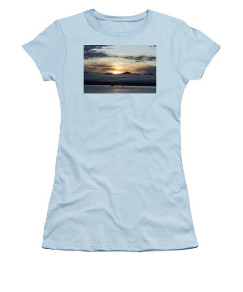 Alaskan Sun Rise Women's T-Shirt (Athletic Fit)
