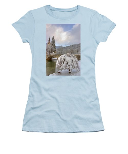 Alpine Winter Beauty Women's T-Shirt (Athletic Fit)
