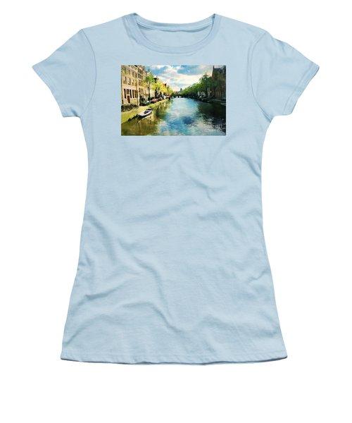 Amsterdam Waterways Women's T-Shirt (Athletic Fit)