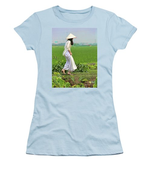 Ao Dai II Women's T-Shirt (Junior Cut) by Chuck Kuhn