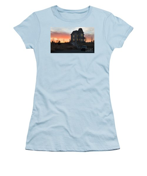 Bates Motel At Night Women's T-Shirt (Athletic Fit)