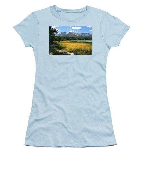 Women's T-Shirt (Junior Cut) featuring the photograph Autumn At Bierstadt Lake by David Chandler