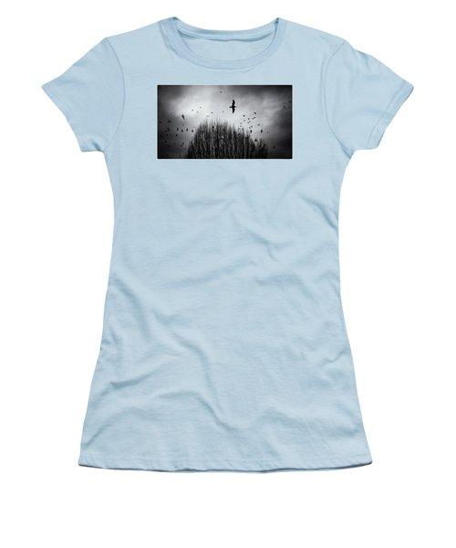 Birds Over Bush Women's T-Shirt (Junior Cut) by Peter v Quenter