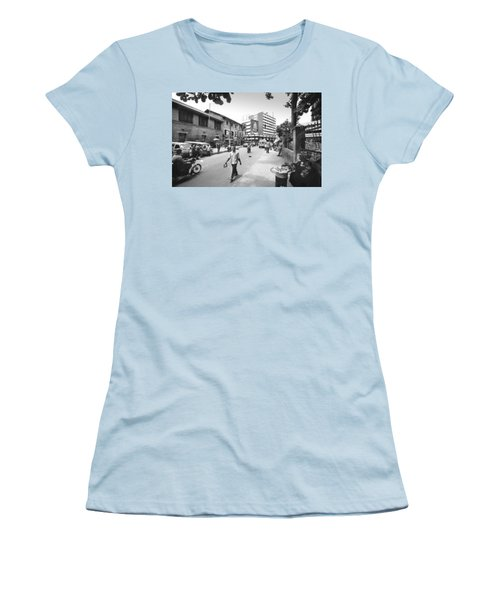 Broad Street Facing Cms Bus-stop Women's T-Shirt (Athletic Fit)