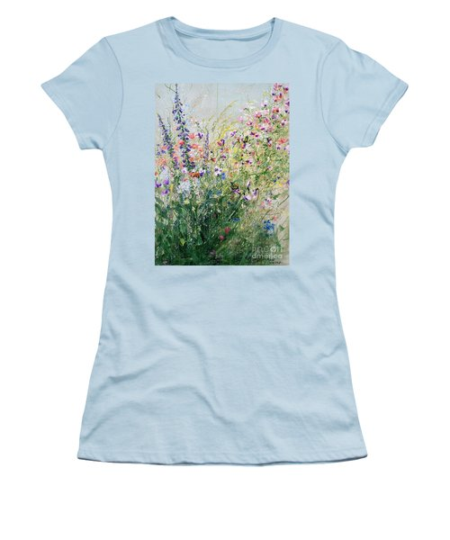 Born To Be Wild.i Women's T-Shirt (Athletic Fit)