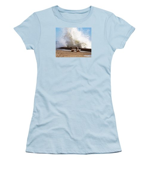 Breaking Wave Women's T-Shirt (Athletic Fit)