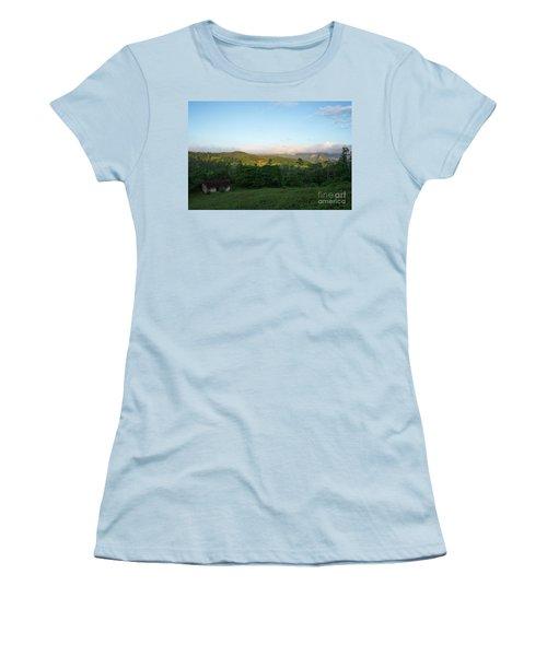 Bucolic Vinales I Women's T-Shirt (Athletic Fit)