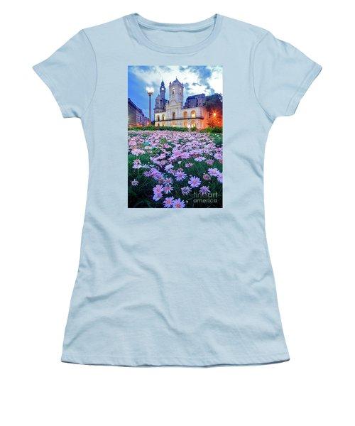 Women's T-Shirt (Junior Cut) featuring the photograph Cabildo De Buenos Aires by Bernardo Galmarini
