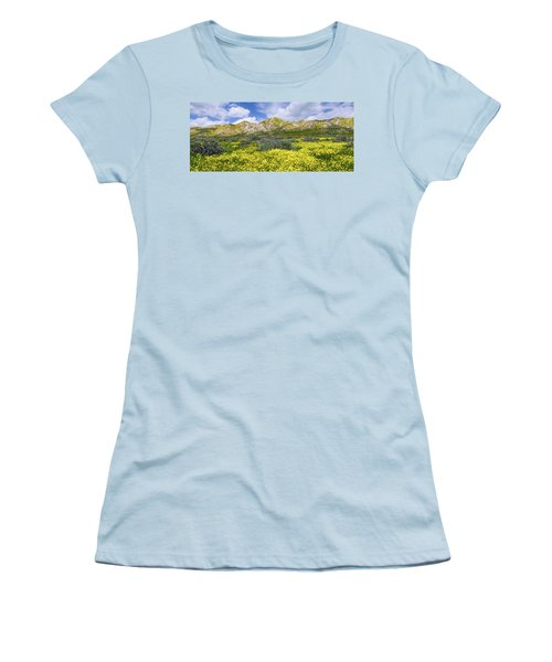 Carrizo Spring Women's T-Shirt (Athletic Fit)
