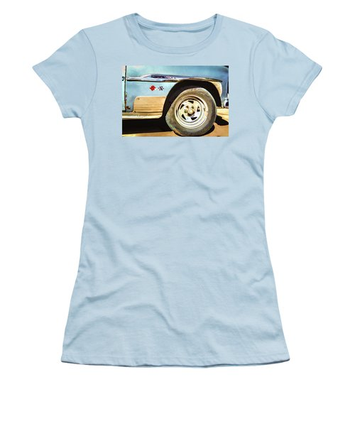 Chevy Deluxe Women's T-Shirt (Athletic Fit)
