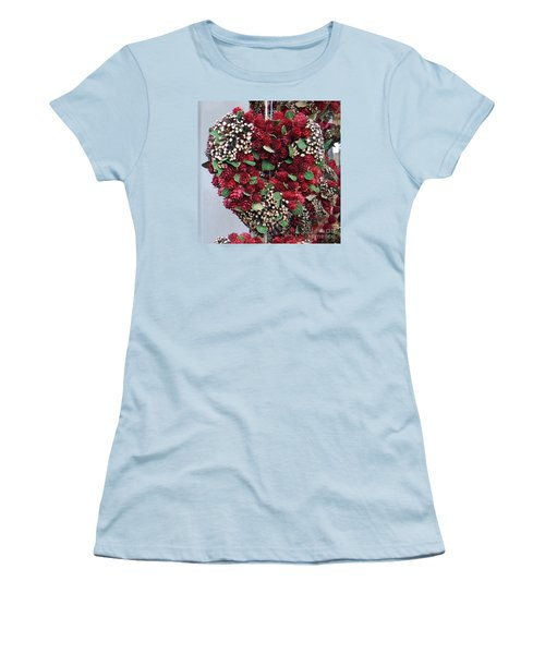 Christmas Heart Women's T-Shirt (Athletic Fit)