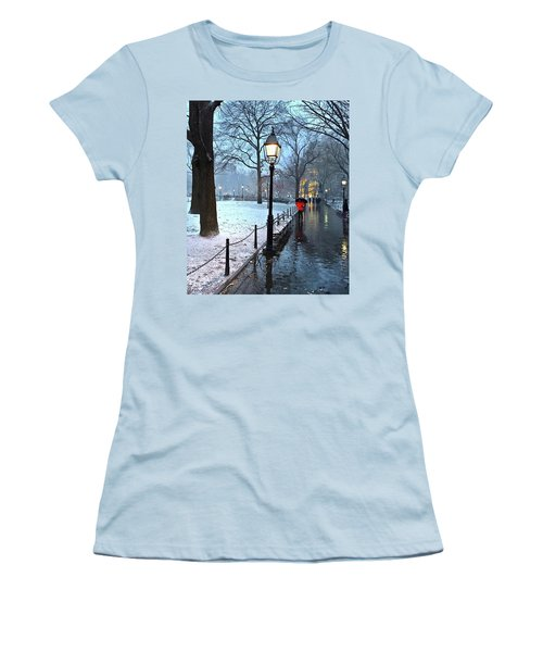 Christmas In Central Park Women's T-Shirt (Athletic Fit)