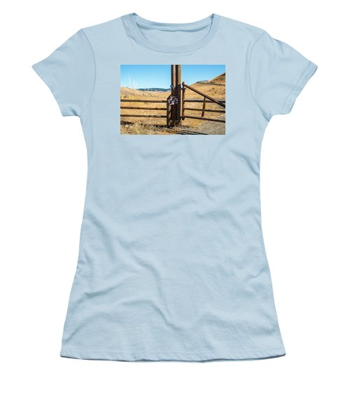 Clean Power And Old Ranch Gates Women's T-Shirt (Athletic Fit)