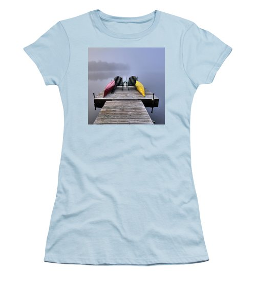 Women's T-Shirt (Athletic Fit) featuring the photograph Color In The Fog by David Patterson