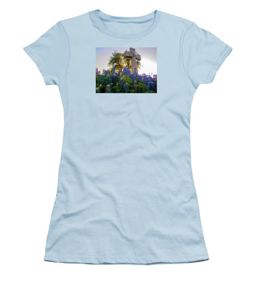 Da225 Cross And Texas Bluebonnets Daniel Adams Women's T-Shirt (Athletic Fit)