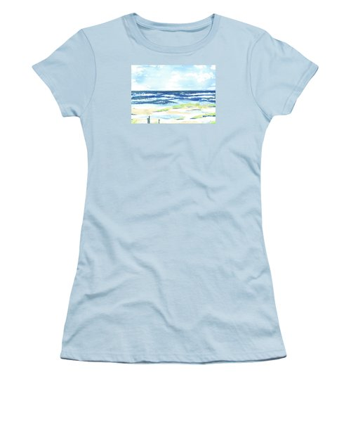 Day At The Beach Women's T-Shirt (Athletic Fit)