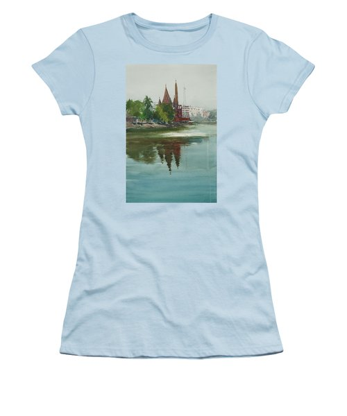 Dhanmondi Lake 04 Women's T-Shirt (Athletic Fit)