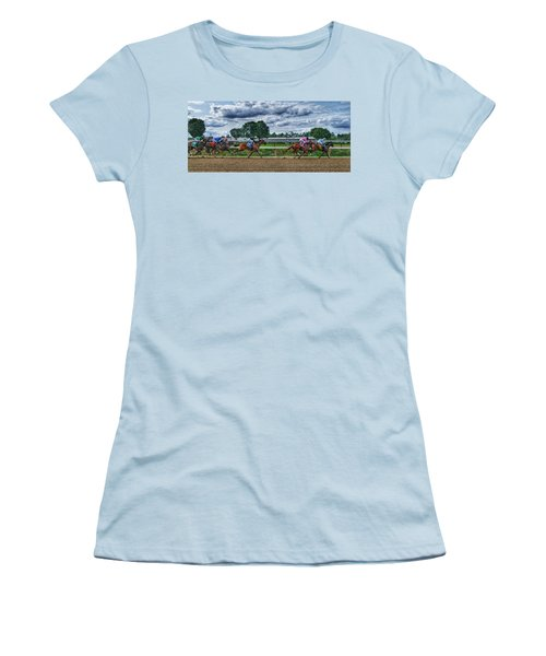 Eight Gaining Women's T-Shirt (Athletic Fit)