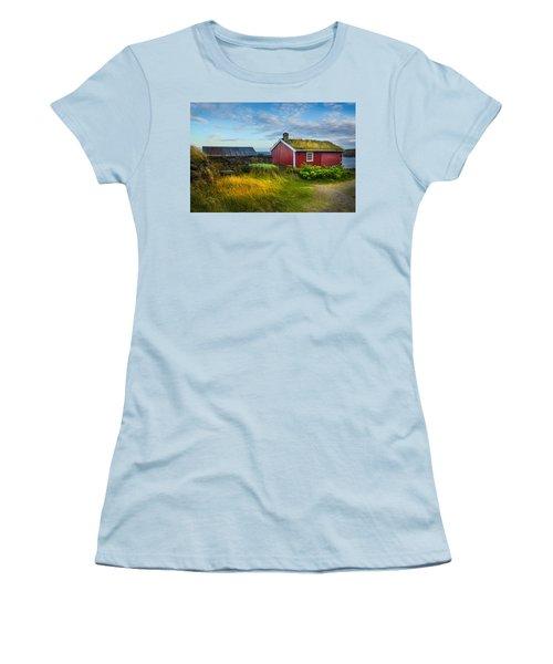 Fisherman House Women's T-Shirt (Junior Cut)