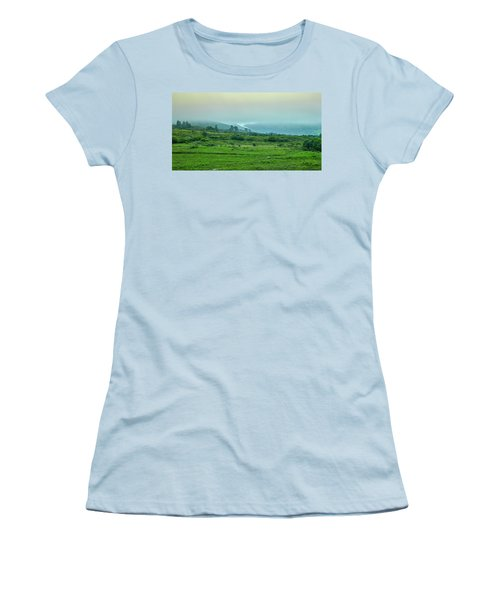 Foggy Day #g0 Women's T-Shirt (Athletic Fit)