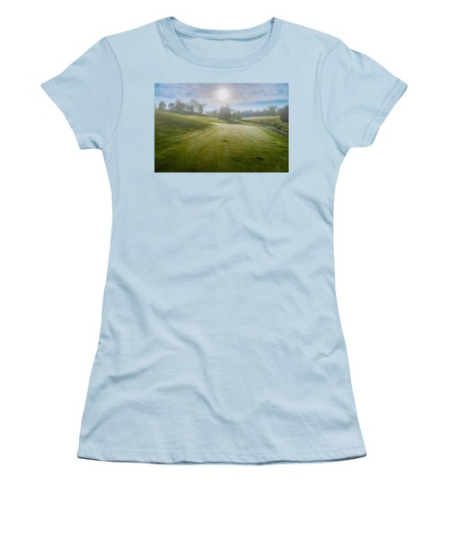 Foggy Look Back Women's T-Shirt (Athletic Fit)