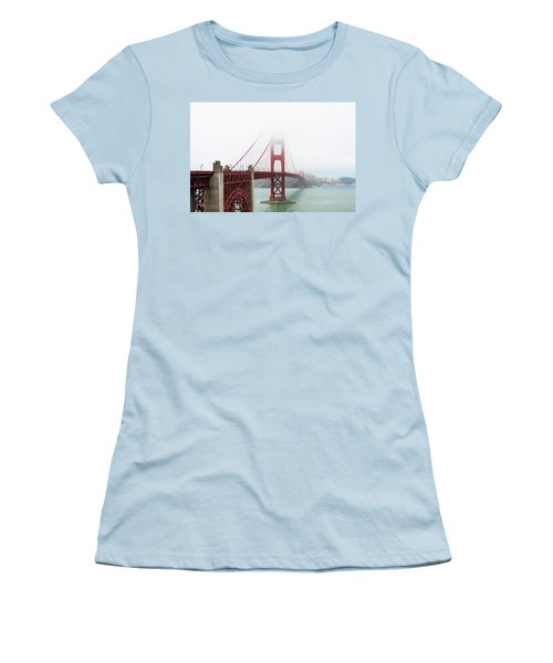 Golden Gate In The Fog Women's T-Shirt (Athletic Fit)